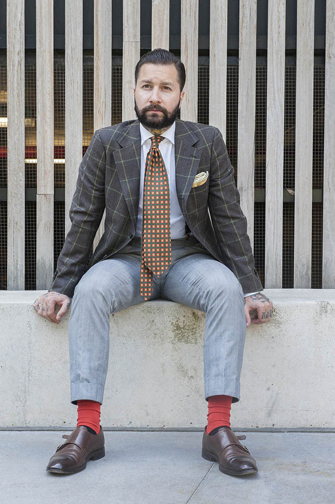 How to style colorful socks