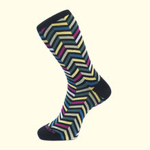 Load image into Gallery viewer, Zig Zag Pattern Sock in Black by Fortis Green