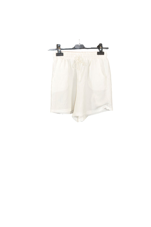 White Linen Shorts With Adjustable Waistband and two Side Pockets!