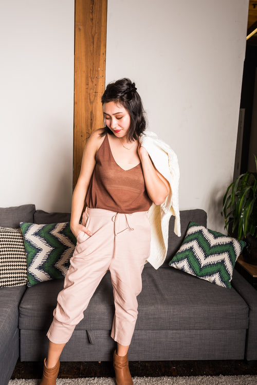 Pink Drawstring Cropped Pants With 2 Side Pockets