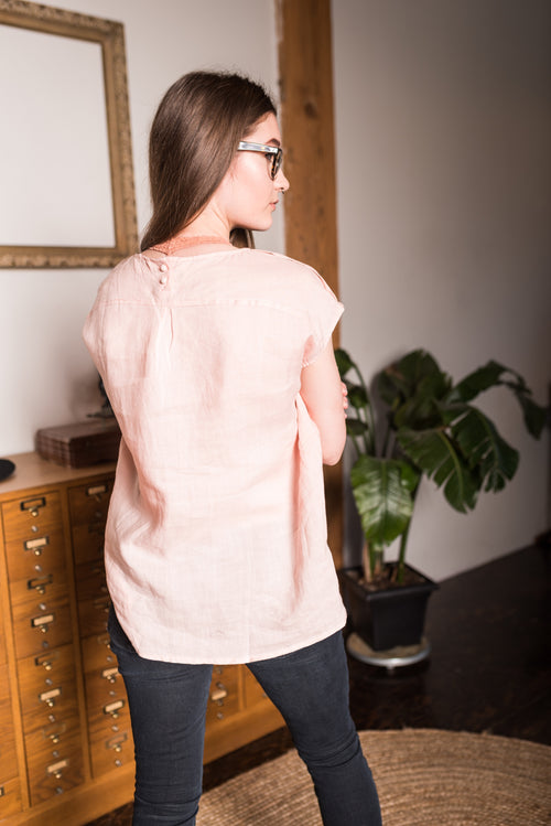 Pink Round Neck Sleeveless Top!