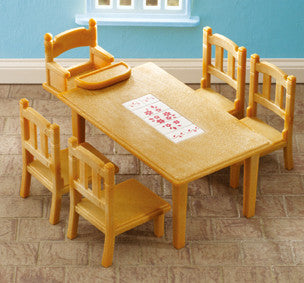 SYLVANIAN 4506 Family Table and Chairs