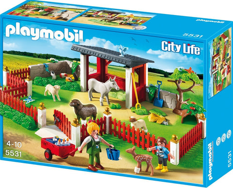 PLAYMOBIL 5531 Outdoor Animal Care Station