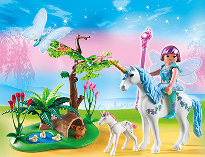 PLAYMOBIL 5450 Fairy Aquarella in Unicorn Meadow