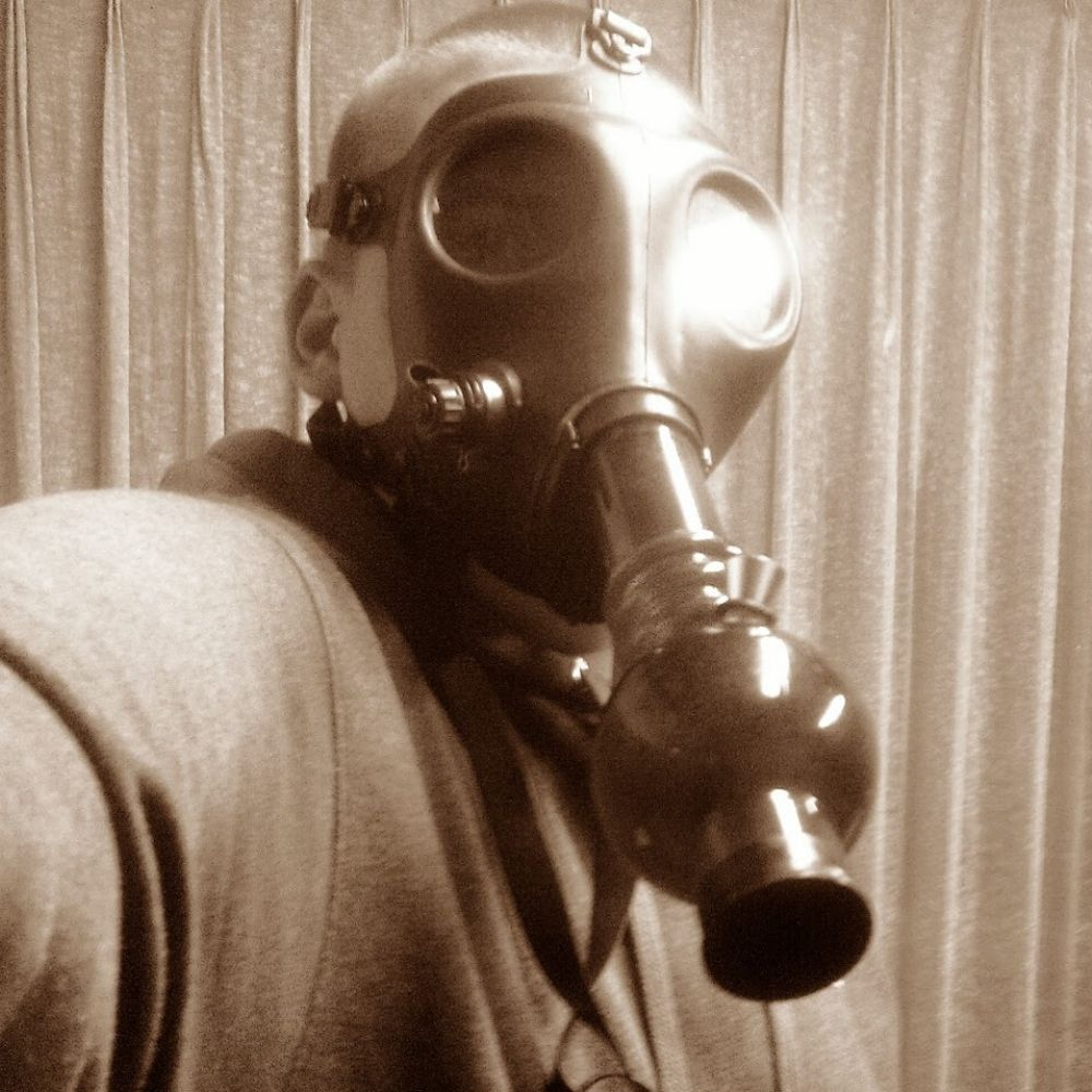 What Is a Gas Mask Bong?
