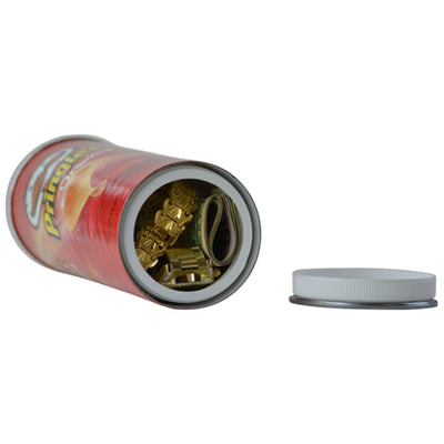 Hide your Shatter or Wax in a Pringles Stash Container
