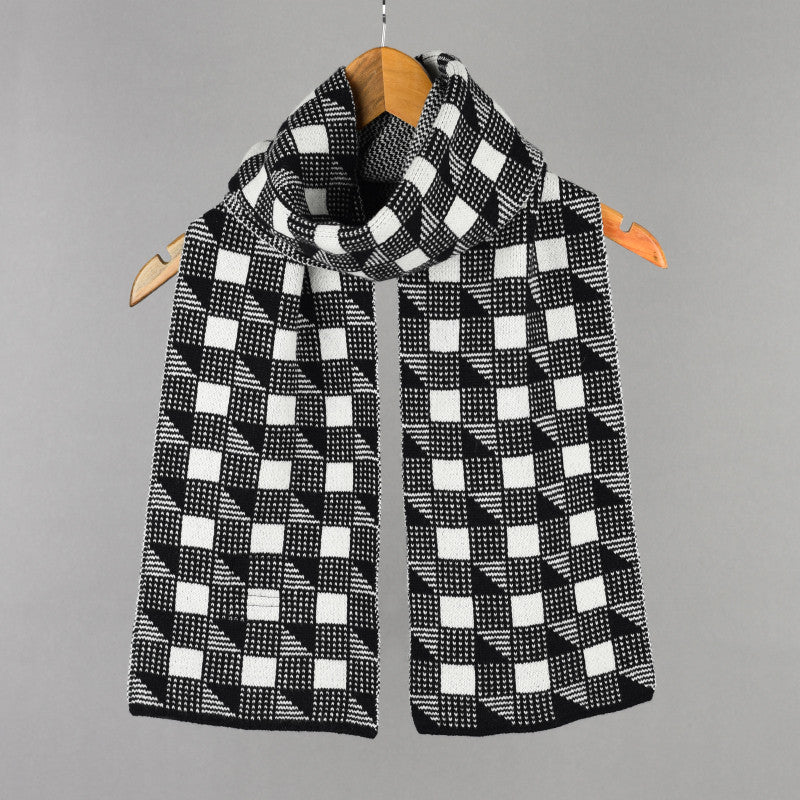 Cubes Pattern Scarf Black and White