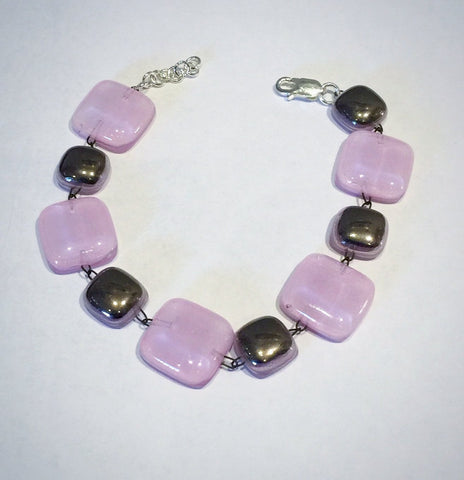 Glass Bracelet 1 (Light Mauve)