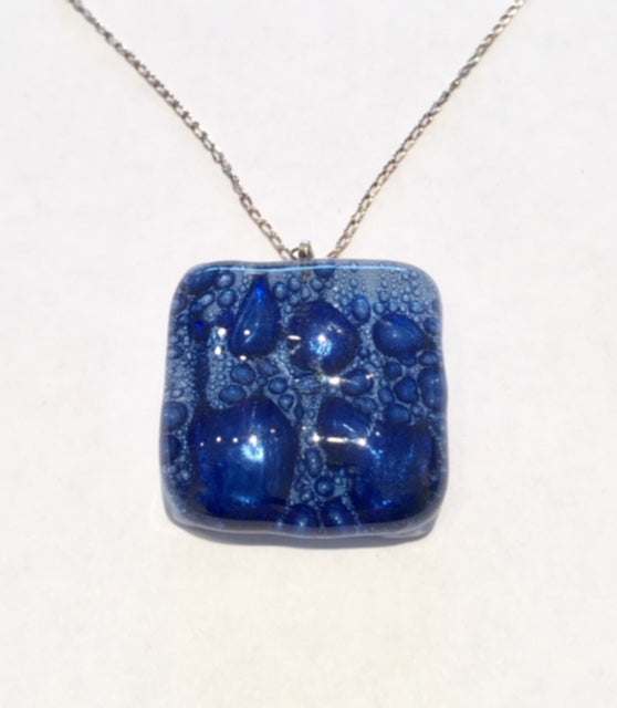Bubble Square Pendant 2 (Dark Blue)