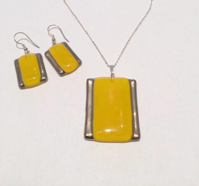 Rectangle Pendant Set (Mustard Yellow)