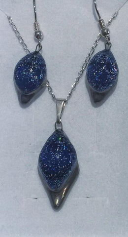 Dark Blue Frosted Diamond Pendant & Earrings Set