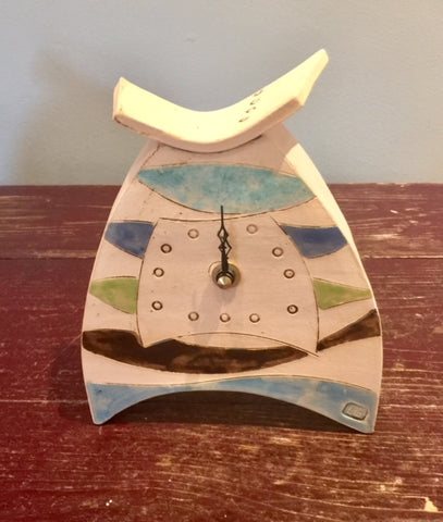 Rounded Small Mantel Clock 2
