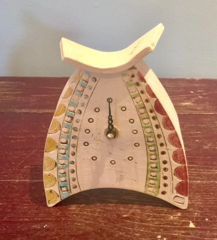 Rounded Small Mantel Clock 3
