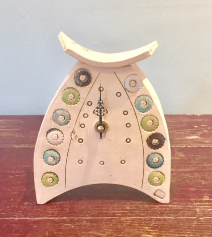 Rounded Small Mantel Clock 1
