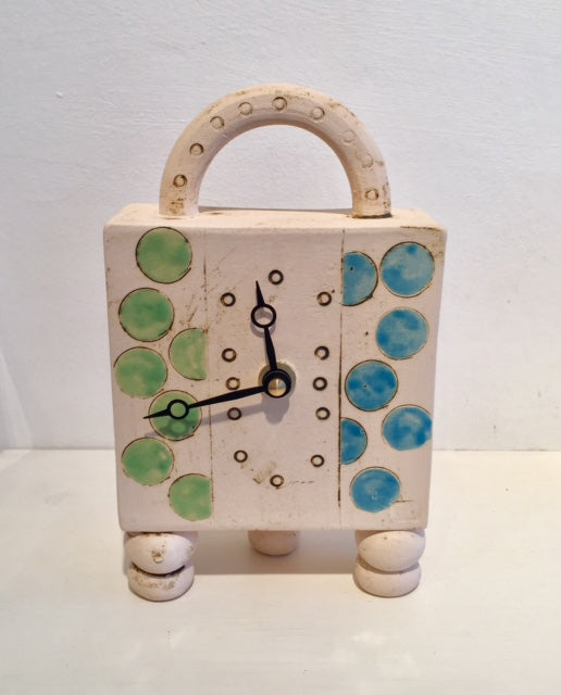 Circles Clock with Feet