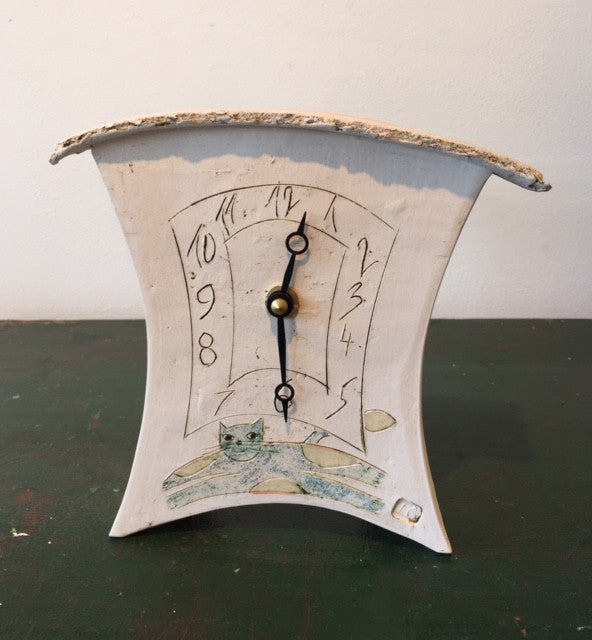 Small Mantel Clock with Cat