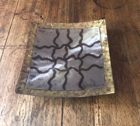 Square Plate (Silver with Lattice Design)