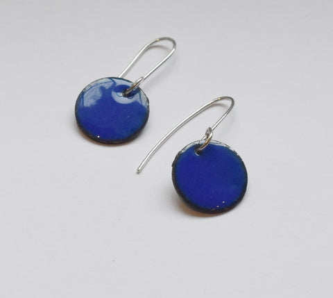 Round Enamel Earrings (Dark Blue)