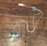 Daisy Flower Pendant (Yellow)