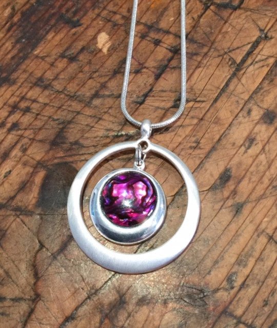 Double Circle Pendant (Magenta Pink)
