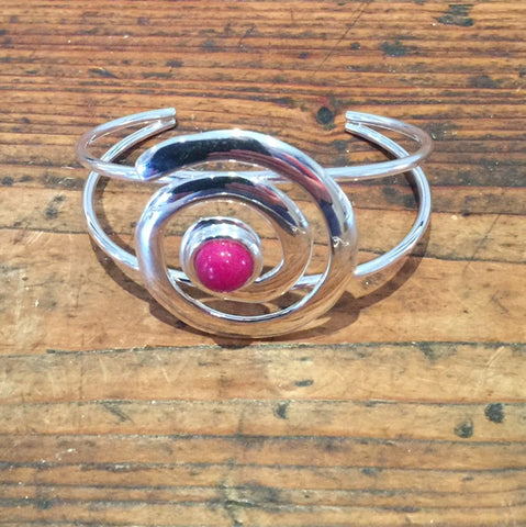 Snail Bangle (Pink Jade)