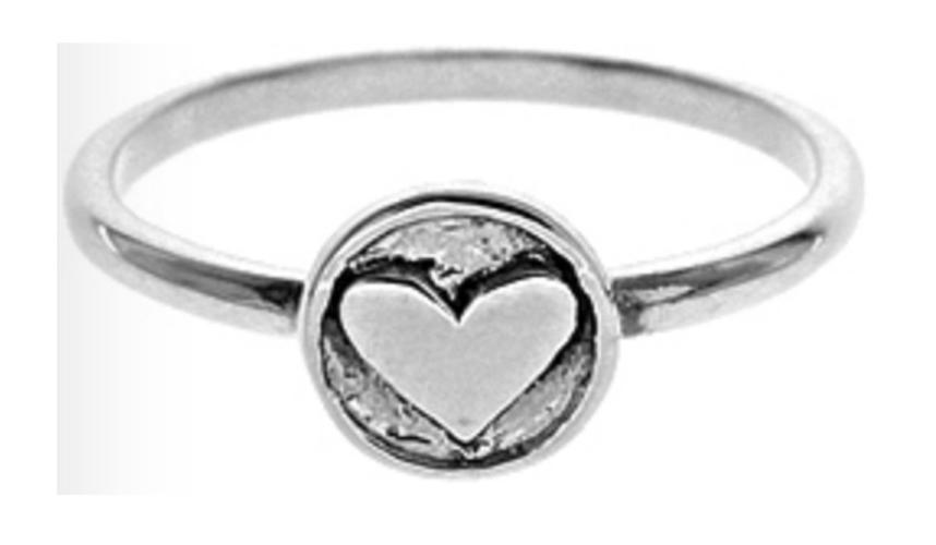 Encircled Heart Ring (Medium)