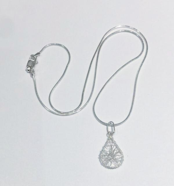 Sculpted Wire Teardrop Pendant