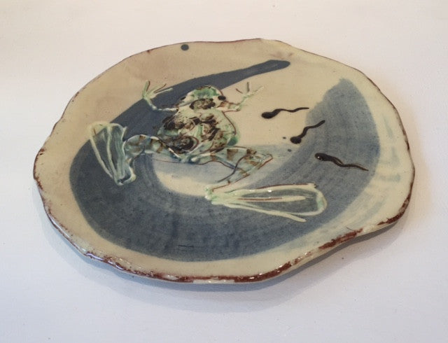Medium Flat Dish with Frogs