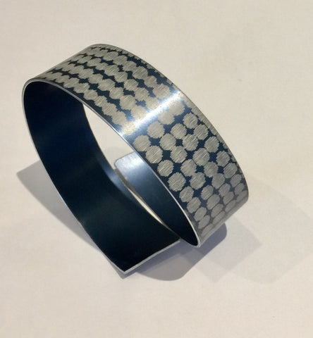 Strip Bangle (Pewter)