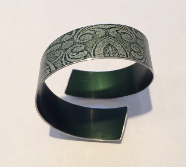Green Linen Futures Strip Bangle