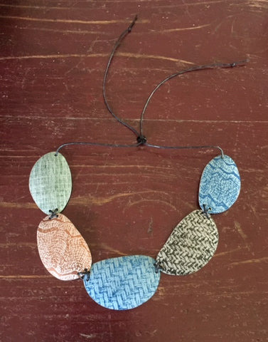 Linen Futures Link Necklace 2