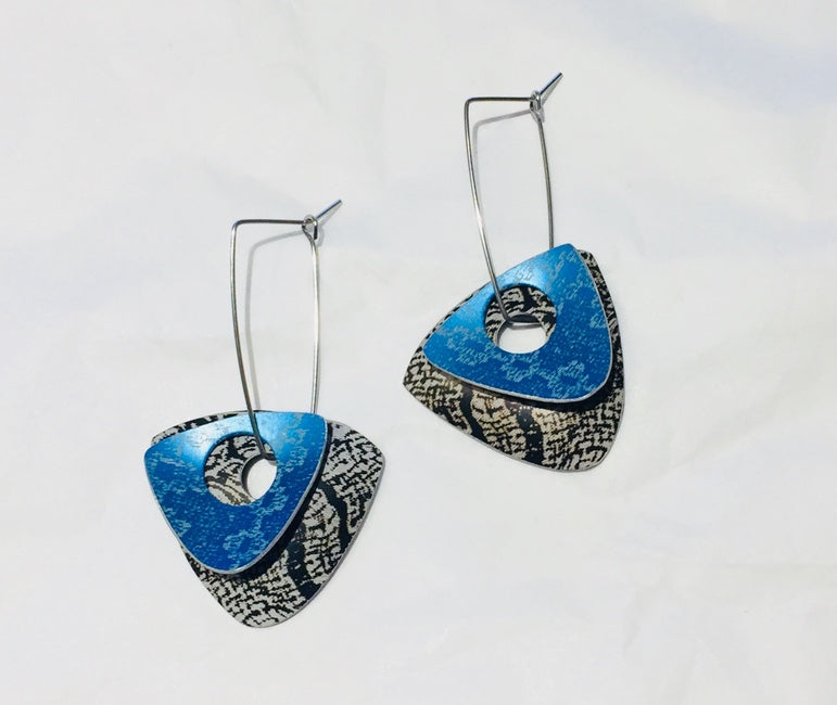 Black & Blue Linen Futures Double Triangle Earrings