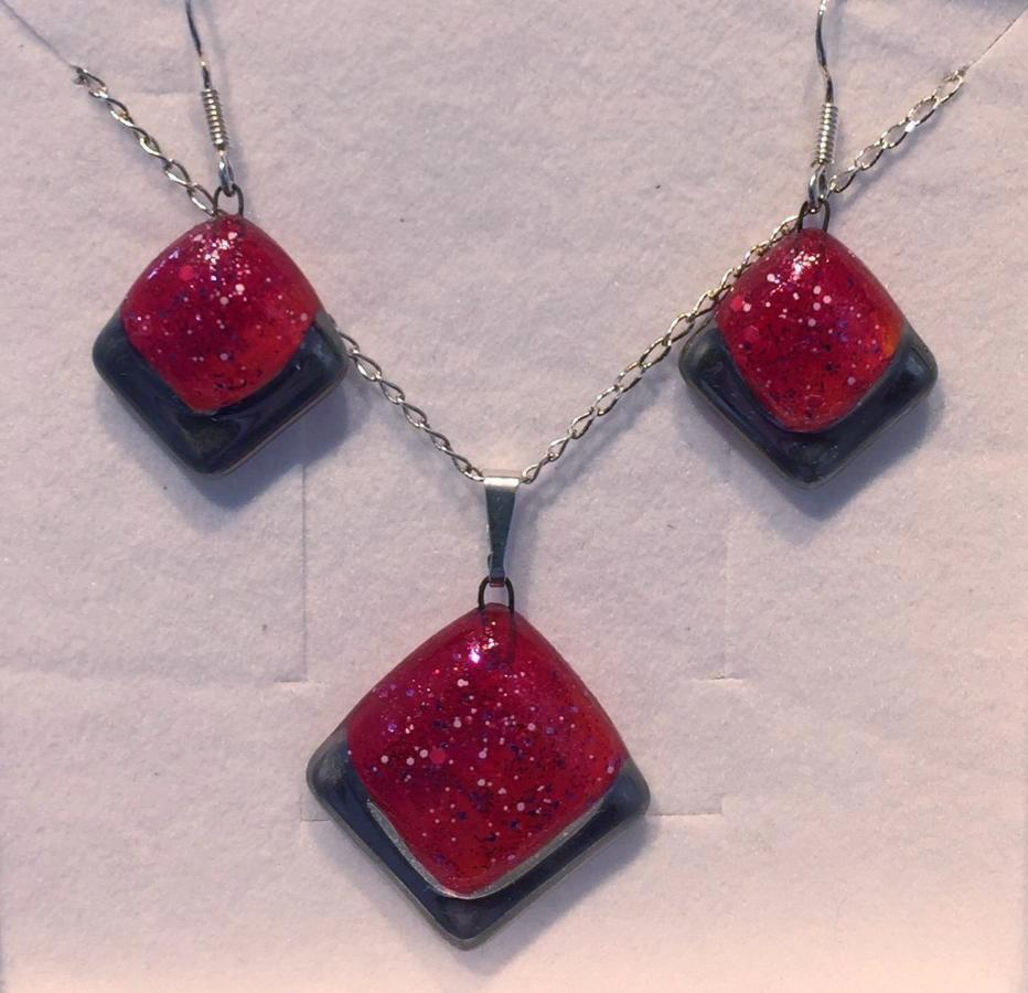 Red Frosted Square Pendant & Earrings Set
