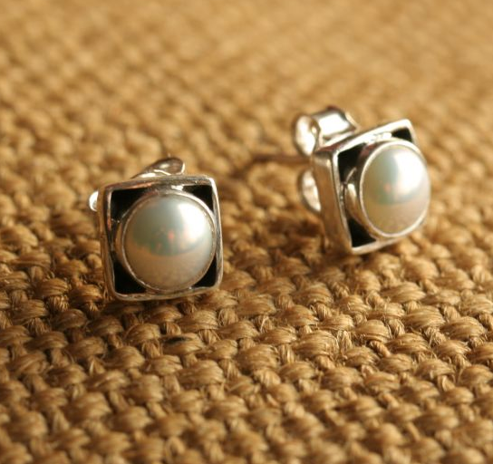 Square Studs with Pearls