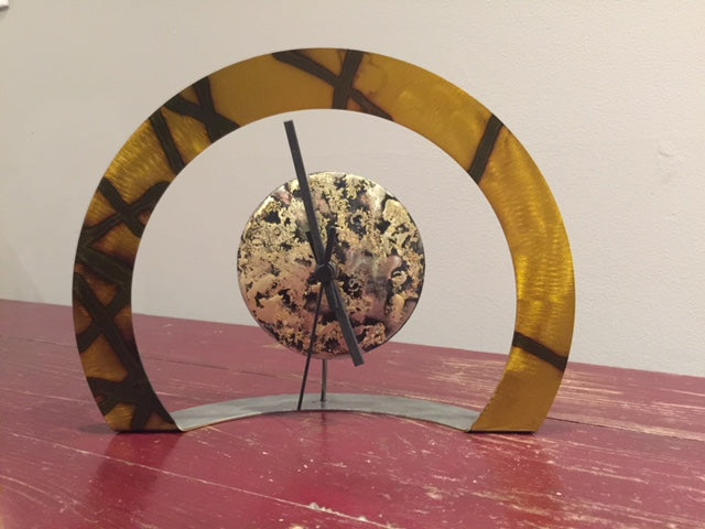 Hoop Clock (Gold with Criss-Cross)