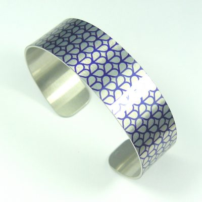 Honeycomb Slim Cuff Bangle (blue)