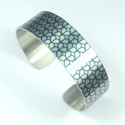 Honeycomb Slim Cuff Bangle (teal)