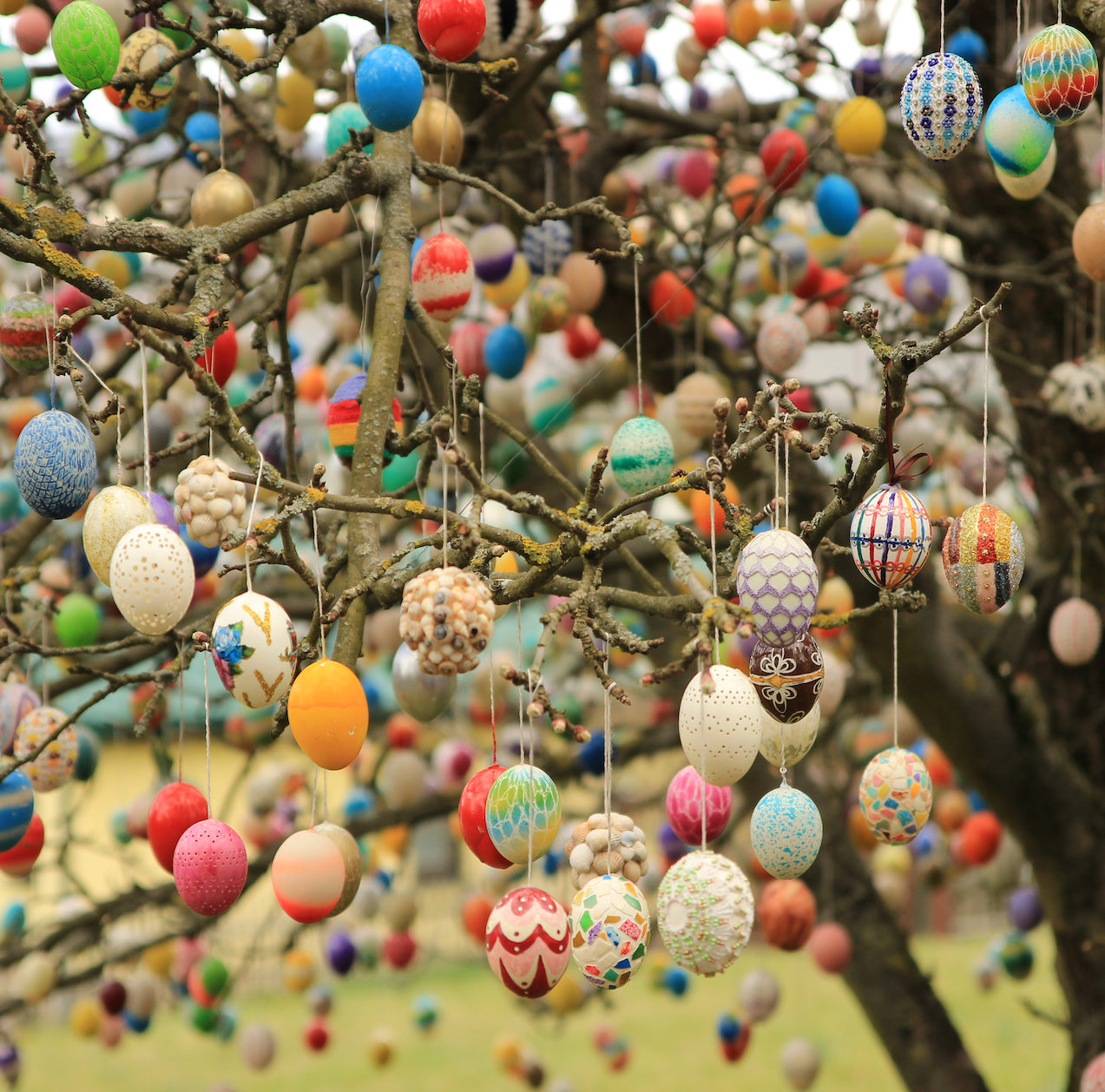 How many eggs does it take to make an Easter tree?