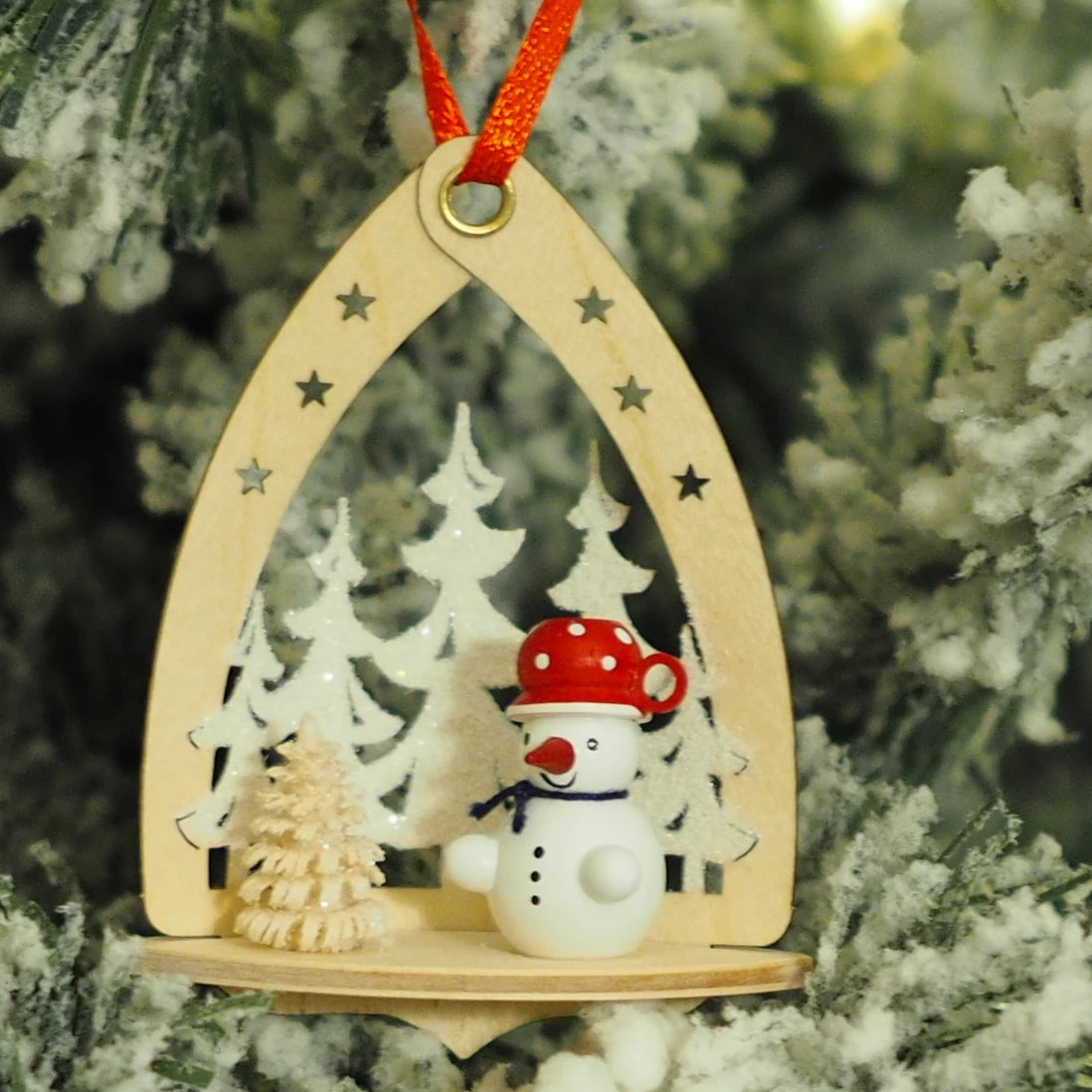 Nicole's Snowmen (Forest - Red) - Christmas tree decoration