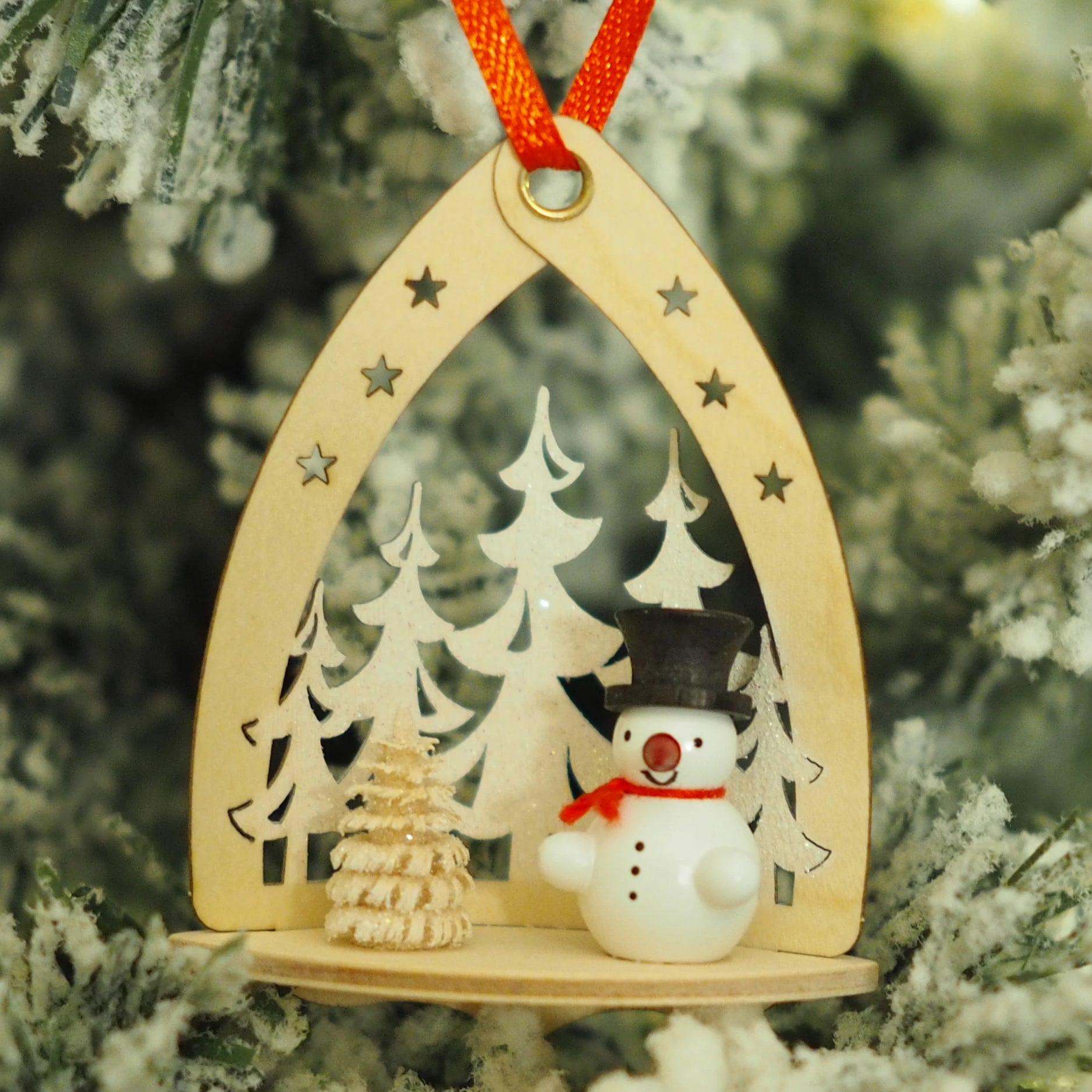 Nicole's Snowmen (Forest - Black) - Christmas tree decoration