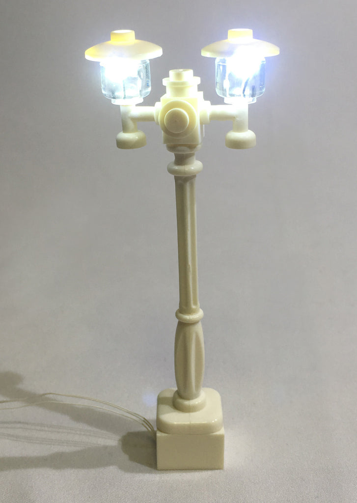 Street-Lamp-Double-White-Post-with-white-LED-LIGHT-LINX--works-with-LEGO-bricks-by-Brick-Loot
