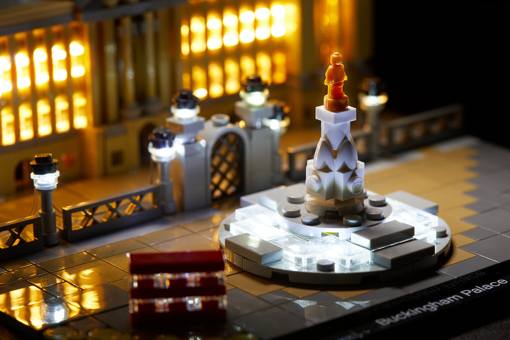 Close-up of the LEGO Architecture Buckingham Palace set 21029, beautifully illumuniated with the Brick Loot LED Light Kit.