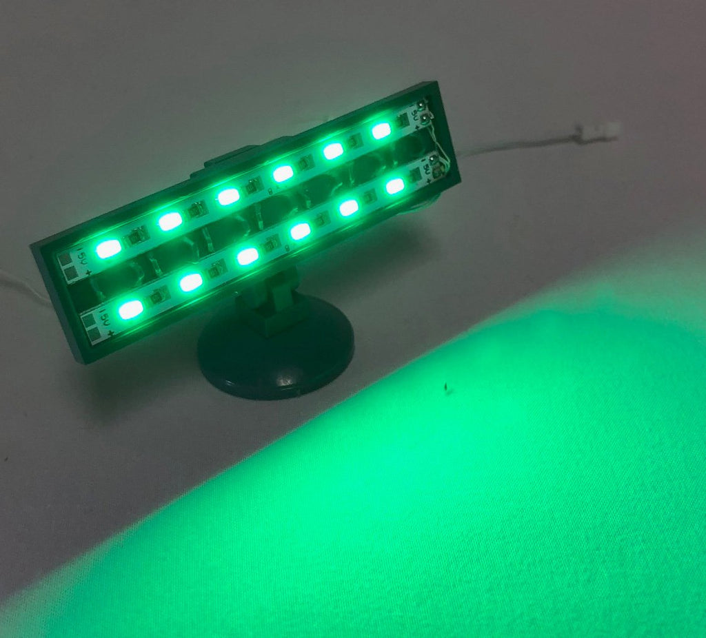 LED-Spot-Light-Green-Wide-LIGHT-LINX-Create-Your-Own-LED-String-works-with-LEGO-bricks-by-Brick-Loot