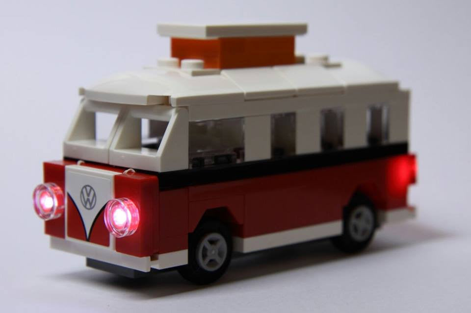 LEGO Mini VW Camper Van set 40079 Bag Set with Brick Loot custom LED Light Kit.