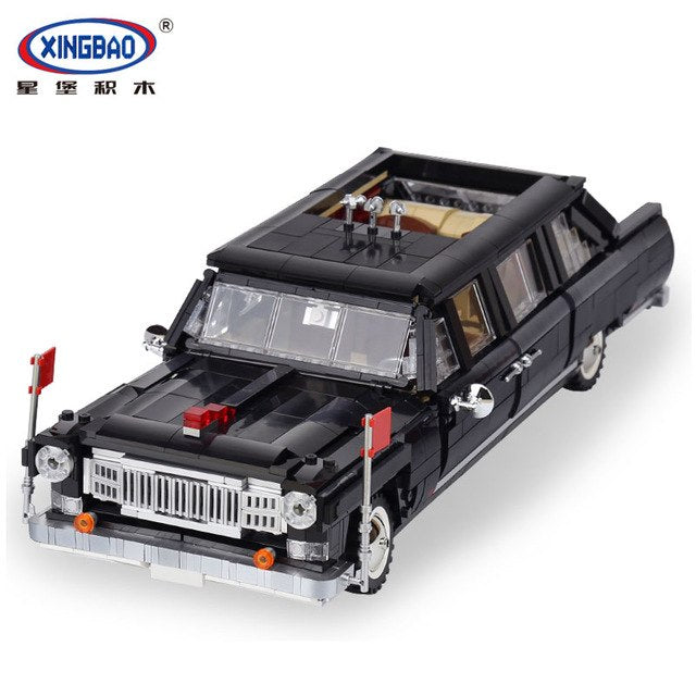 XINGBAO Dream Car Presidential Limo The Hongqi Car Jujiang - XB-03003. Sold by Brick Loot with or without the box.