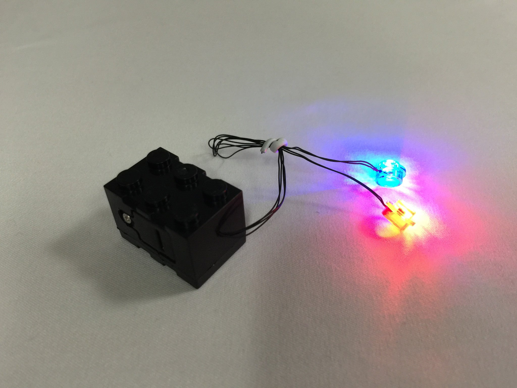 LED Double Blinking Red and Blue LEGO Studs with 2x3 Battery Brick