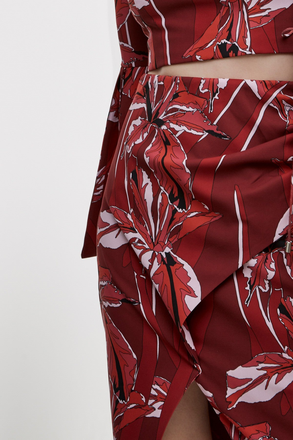 Hold On Skirt - Fig Floral