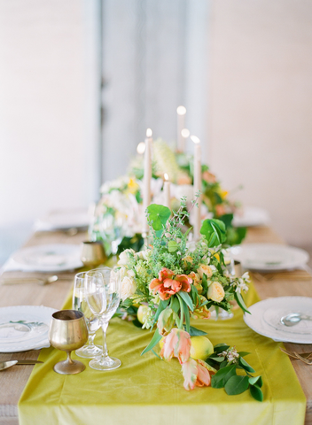 Citrus tablescape