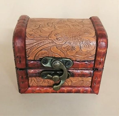 Embossed Wood Box w/Latch - Leather