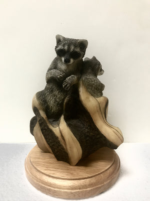 Bandits - Raccoon figurine